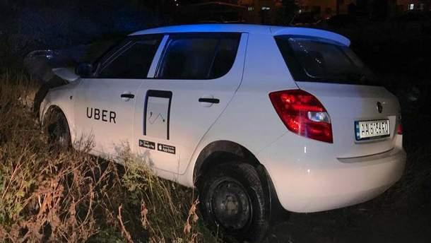 ДТП с участием такси Uber в Киеве