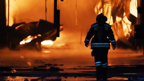 """Пожежа у торговому центрі """"Сіндіка"""" поблизу Москви"""