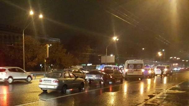В Киеве столкнулись сразу 5 авто