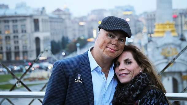 Шайло Гарріс і його дружина Джеймі Паніззо-Кімболл