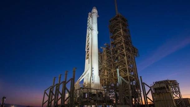 SpaceX успішно запустили ракету Falcon 9 з 10 супутниками