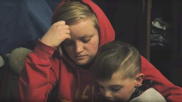Аліна Шилова зі своїм братом