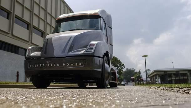 Презентацію вантажівки Tesla Semi переносять на листопад