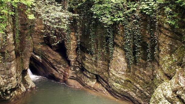 Агурский водопад