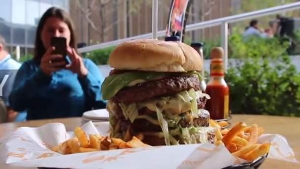 Ресторан у Нью-Йорку нібито готував бургери до ювілею Путіна