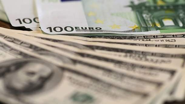 Наличный курс валют 12 октября в Украине
