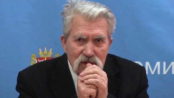 Левко Лукьяненко