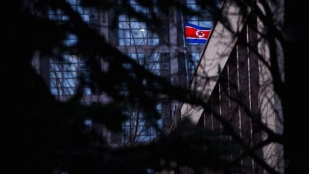 У Лаврова радуются, что КНДР нарисовала Крым российским