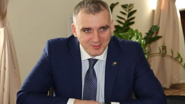 Олександр Сєнкевич звернувся до суду