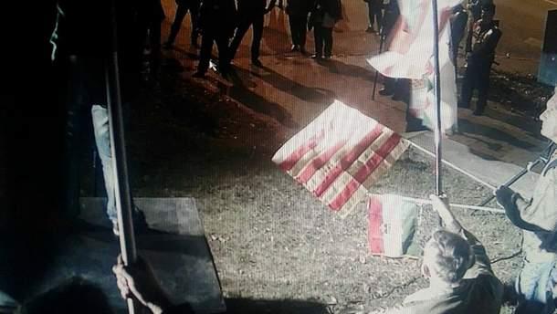 Акція під стінами Посольства України в Угорщині