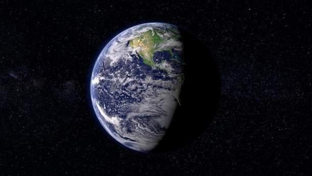 До Землі летить супутник