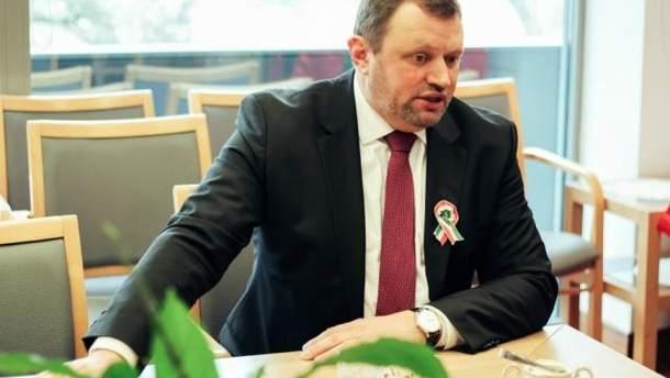 Посол Венгрии в Украине Эрно Кешкень