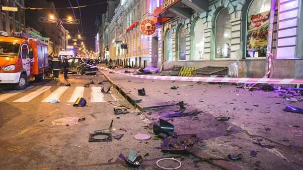 З'явилося відео з найближчої камери від місця ДТП у Харкові