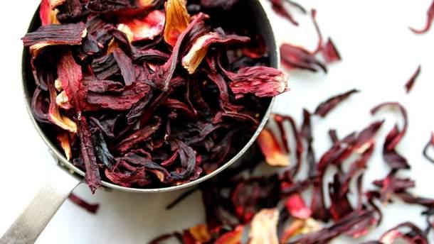 5 причин пити чай каркаде щодня