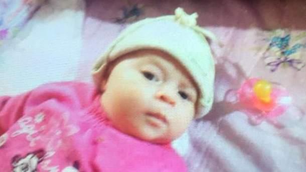 Викрадена у Києві 1,5-місячна дівчинка