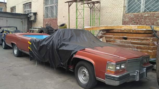В столице заметили лимузин с джакузи