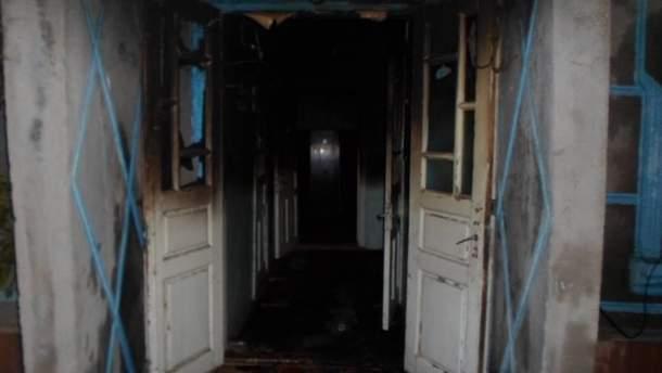 Жінка бажаючи пожартувати, спалила свого сусіда
