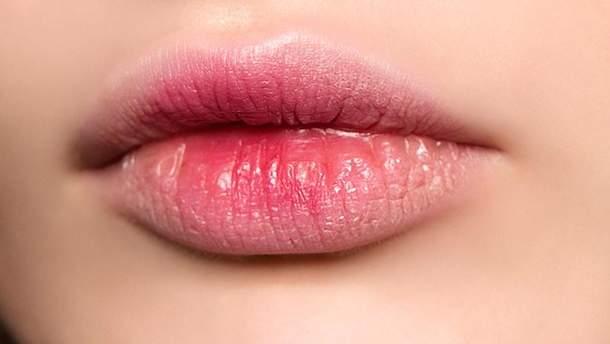 Зацелованные губы или bitten lips