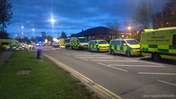 У Британії поліція звільнила заручників у розважальному центрі