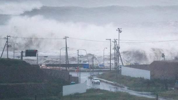 """Тайфун """"Лан"""""""