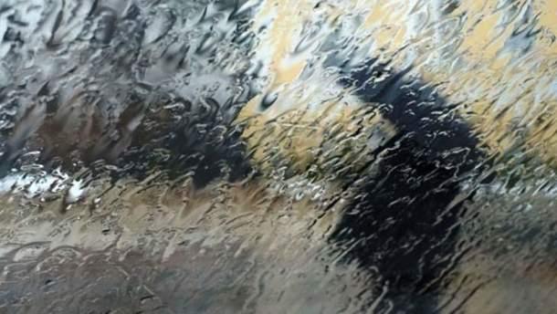 Кілька областей Заходу потерпатимуть від зливових дощів та ураганного вітру