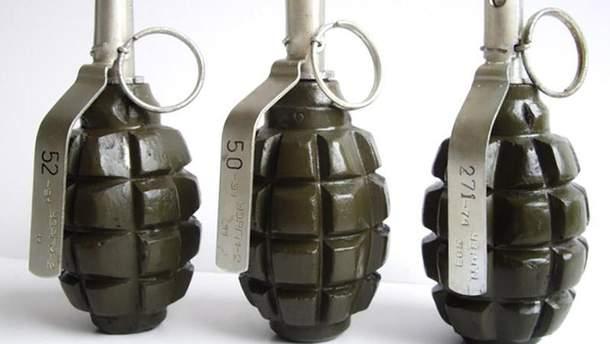 Мужчина в Бахмуте хранил дома арсенал оружия