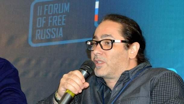 Відомий російський співак розповів, як його життя врятували українські медики