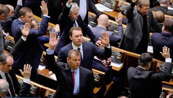 У ЦВК розповіли, скільки депутатів прогулюють засідання уряду