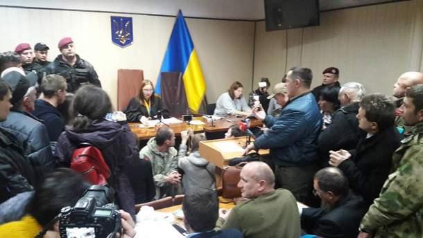 Суд оголосив перерву у справі Коханівського