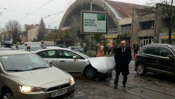 Бывший мэр Львова Любомир Буняк попал в ДТП