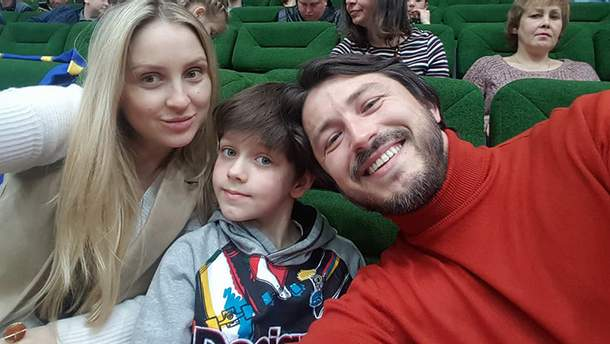 Сергій Притула з дружиною Катею та сином Дмитром