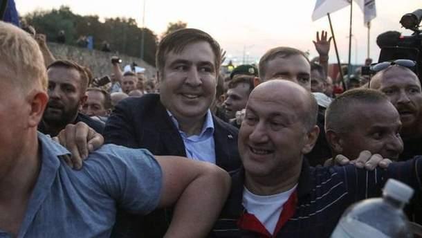 Луценко хочет депортировать Саакашвили