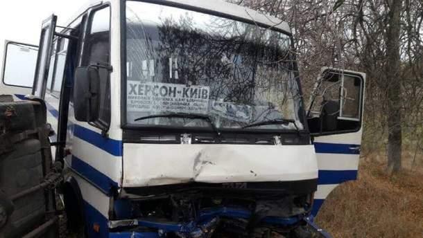 Аварія з рейсовим автобусом сталась на Миколаївщині