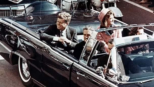 В США рассекретили документы об убийстве Кеннеди