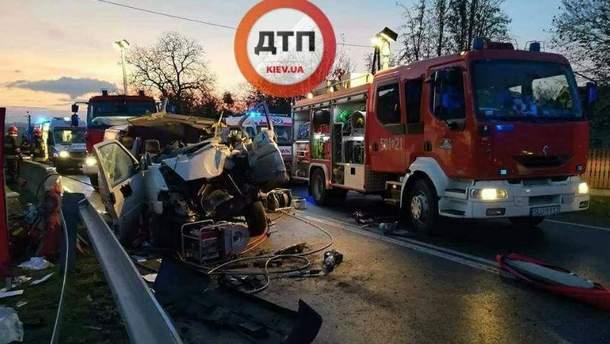 У аварії у  Польщі загинуло 2 українців