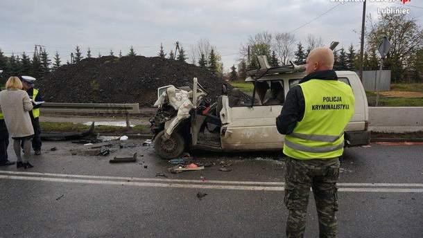 Авария с украинцами в Польше