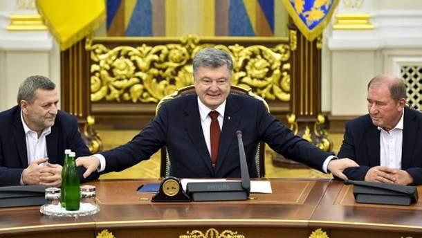 Ильми Умеров и Ахтем Чийгоз прибыли в Украину