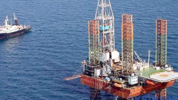 """""""Роснефть"""" остановила добычу нефти в Черном море"""