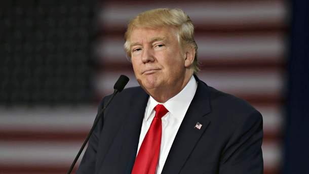 Трамп закликав притягнути до відповідальності Клінтон