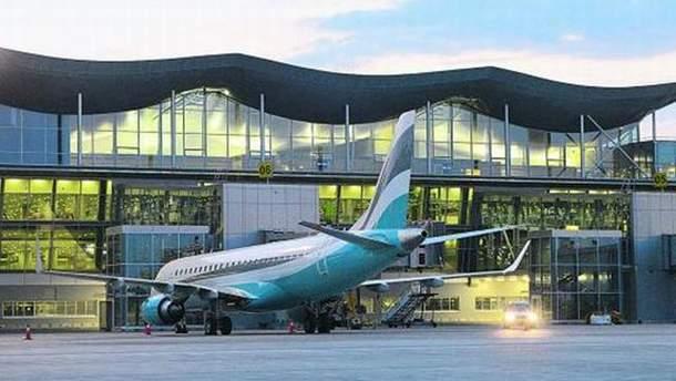В Одесі посадили літак з Росії до Туреччини