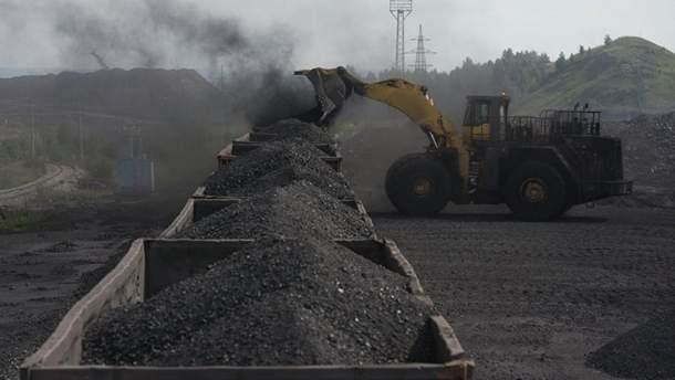 Украина помогает России торговать углем из оккупированного Донбасса