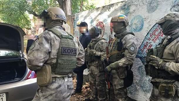 Бойцов КОРДа привлекли к задержанию вооруженного одессита