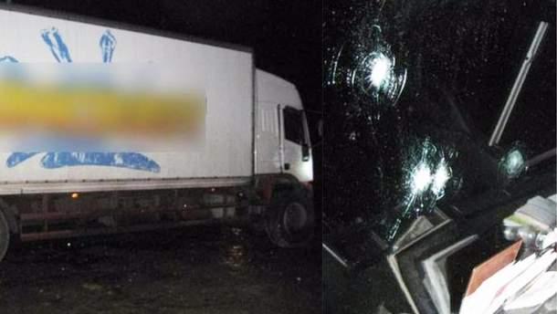 На Черниговщине неизвестные обстреляли грузовик и ограбили его пассажиров