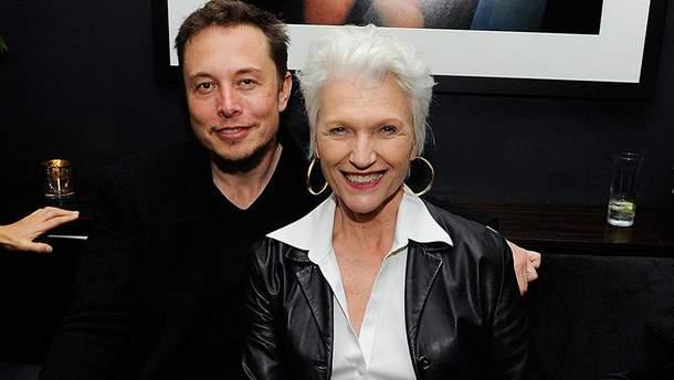 Илон Маск с матерью Мэй