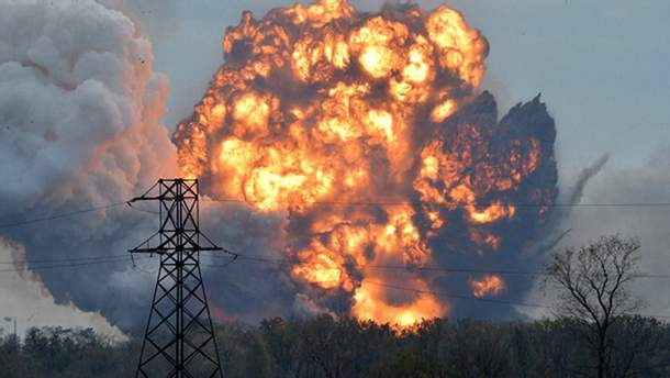 Под Донецком вместе с боевиками в небо взлетел склад боеприпасов