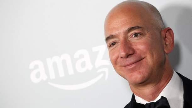 Основатель Amazon продал свои акции