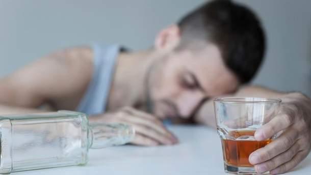 Алкоголь убивает украинцев