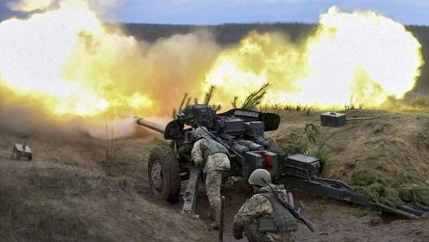 Силы АТО открыли огонь в ответ по позициям боевиков на Донбассе