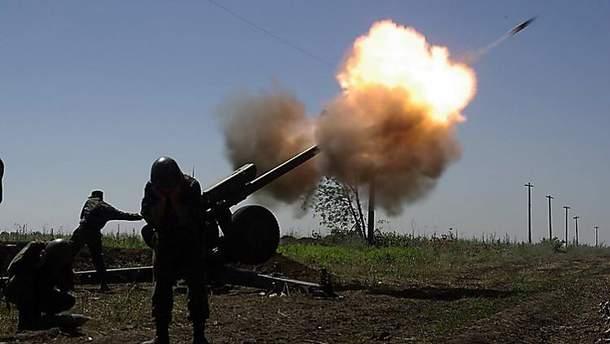 Терористи не припиняють бити по українських захисниках
