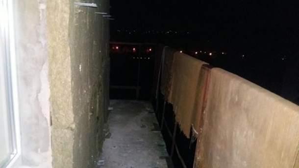 Балкон, с которого выпал студент